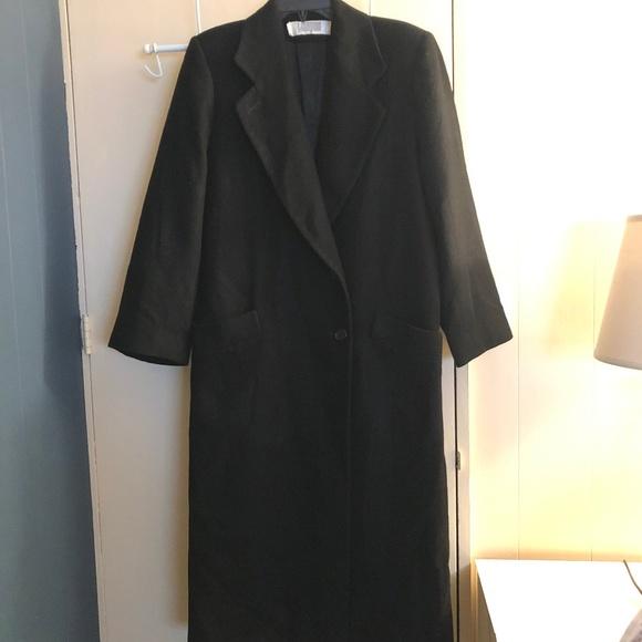 I Magnin Jackets & Blazers - Classic I Magnin Camel Hair Coat